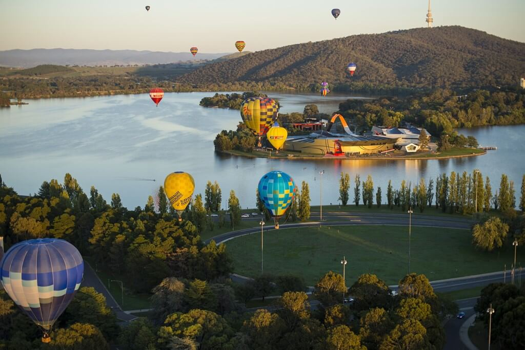 Banner Image_Balloons_VisitCanberra Credit Required