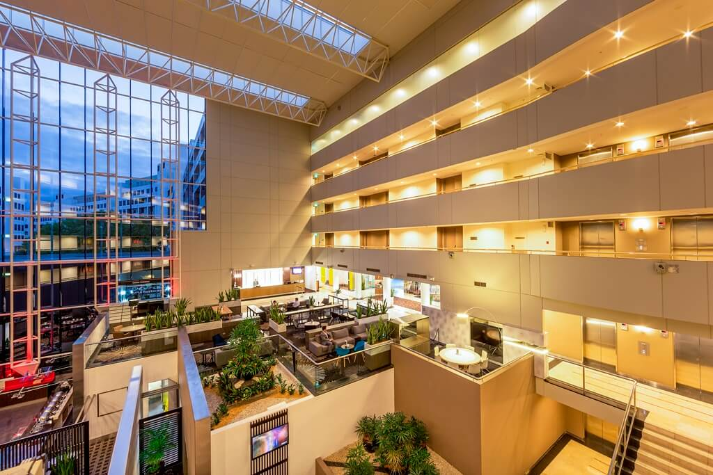 Banner Image_Hotel Atrium