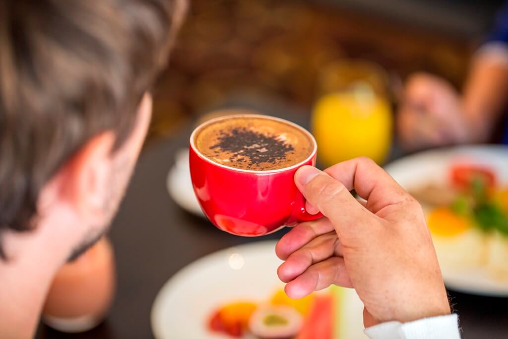 Image 3_Lifestyle_breakfast_coffee