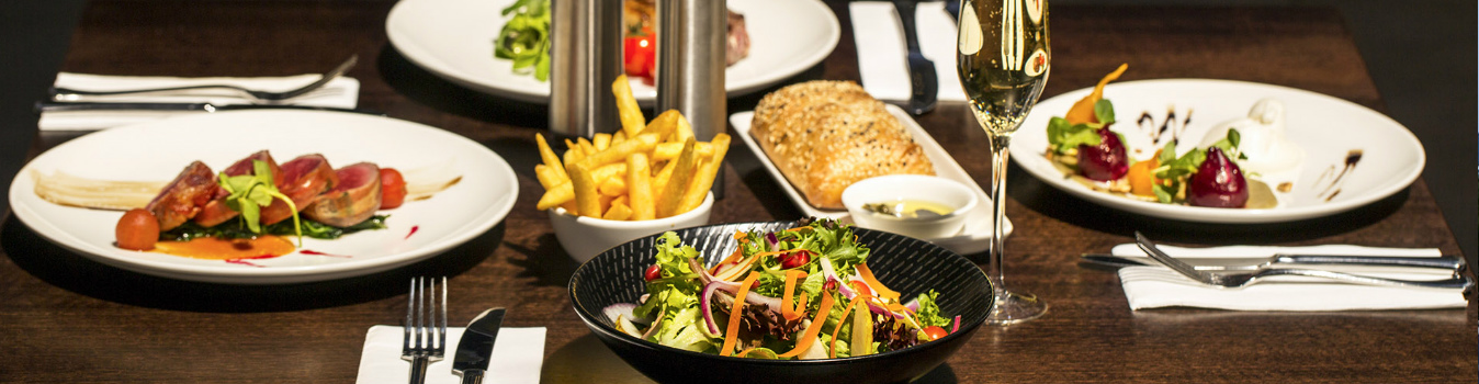 Crowne Plaza Dining Canberra Hero