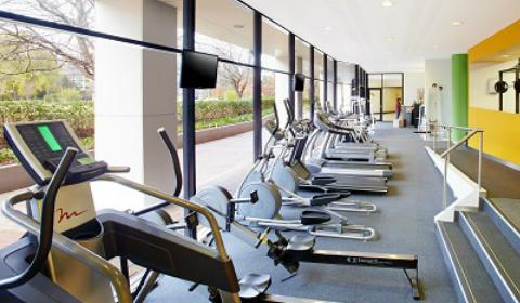 Crowne Plaza Canberra Hotel Accommodation gym